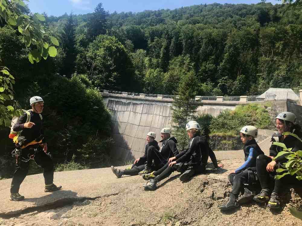 Wiestalstausee - Stausee Salzburg mal anders: Unterhalb der Staumauer beginnt das Almbachklamm Canyoning