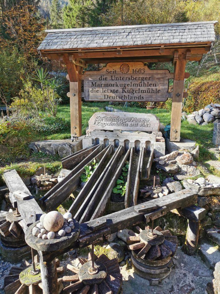 Kugelmühle Berchtesgaden: Am Eingang in die Almbachklamm