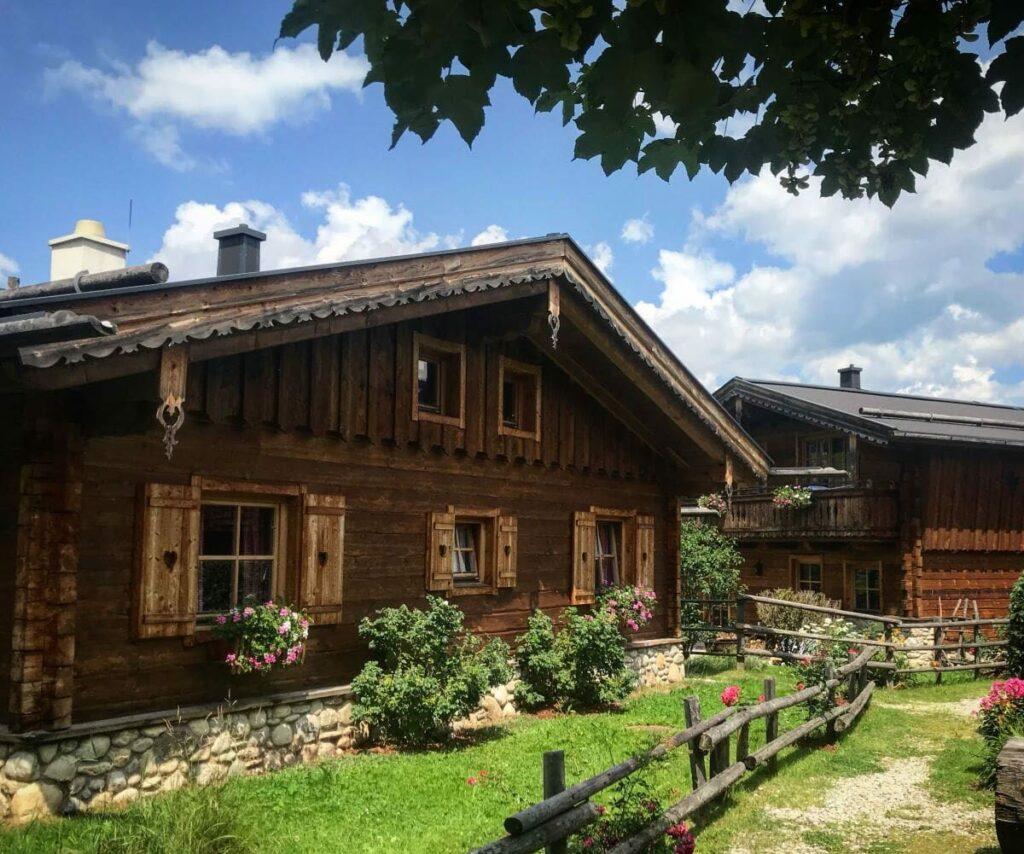 Vom Wiestalstausee in das urige Almdorf Almlust Flachau