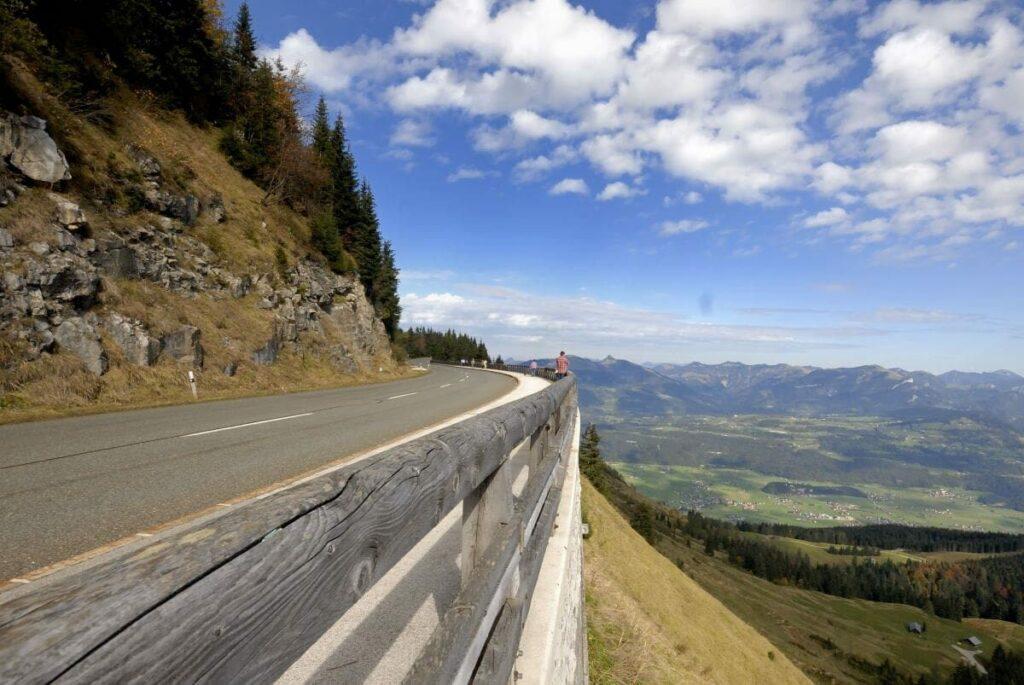 Ausblick von der Scheitelstrecke auf der Rossfeld Panoramastrasse