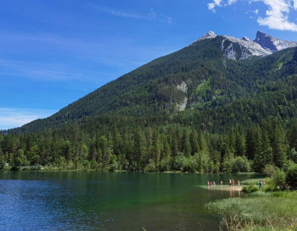 Am Hintersee baden - ein kühles Bad im Bergsee, nur was für heiße Tage im Sommer!