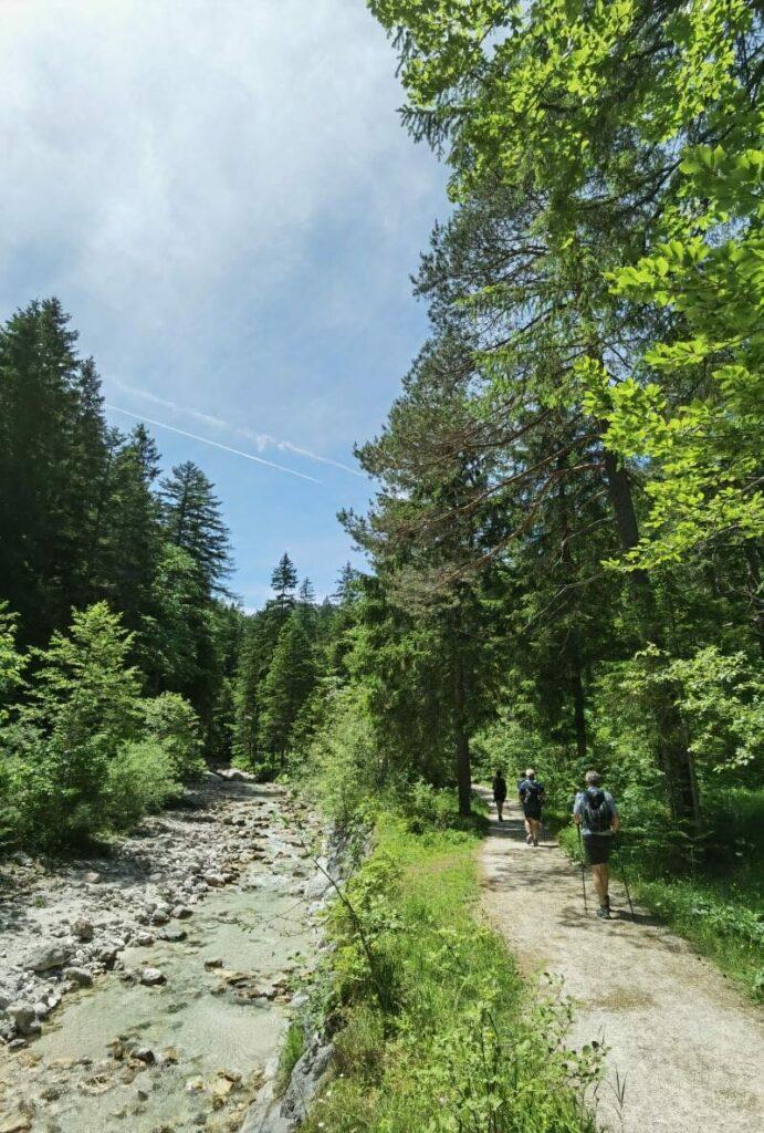 Klausbachtal Wanderung weiter hinten im Tal