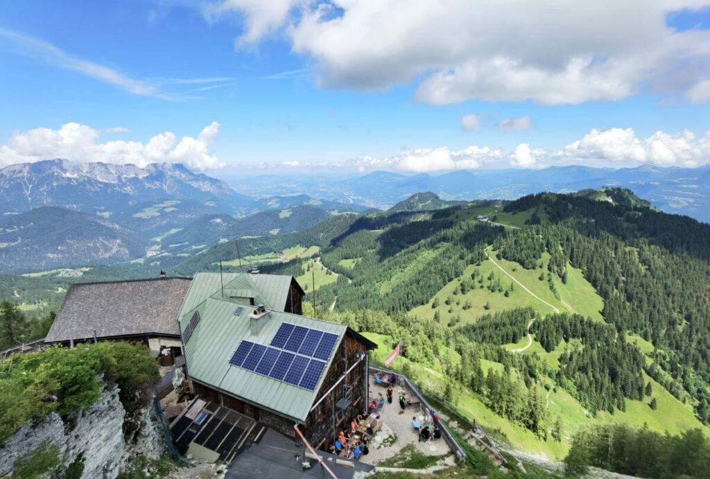 Mehr als die Rossfeld Wanderung: Rund 500 Höhenmeter von der Rossfeld Panoramastraße zum Purtscheller Haus wandern