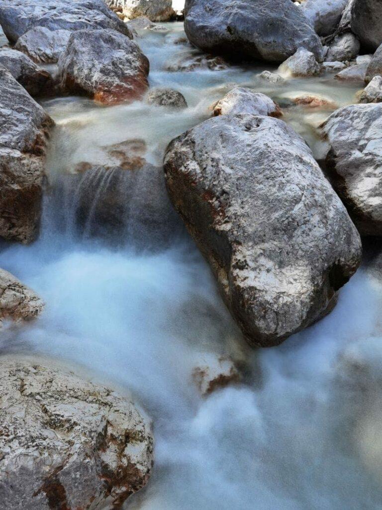 Rauschendes Wasser in der Wimbachklamm